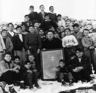 Le foto di Terranera - Don Antonio e i ragazzi