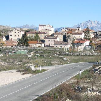 Le foto di Terranera - All'ingresso del paese
